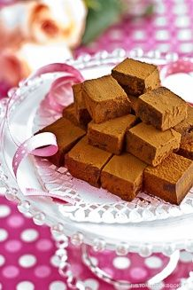 Nama Čokoláda (Royce napodobitel recept) 生 チ ョ コ レ ー ト |  Snadné japonské recepty u JustOneCookbook.com