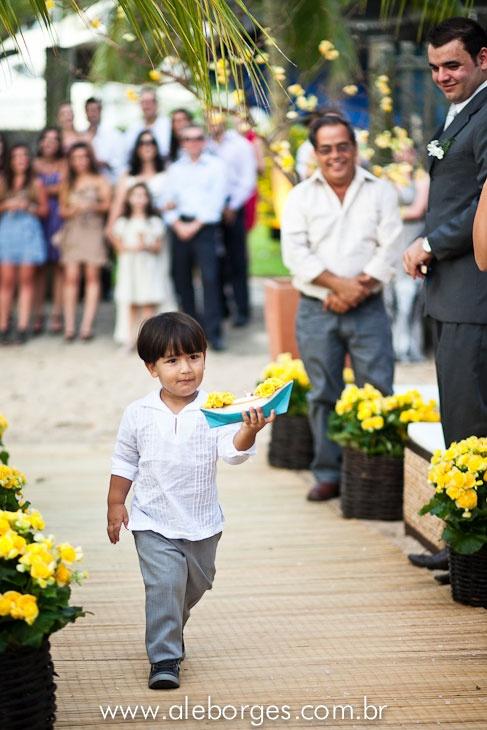 Fotos do casamento de Thaisa e Marco em Ilhabela São Paulo Pousada Casa Amarela