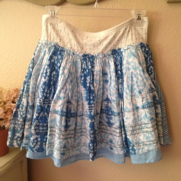 """FREE PEOPLE layered mini, perfect, never worn Perfect condition, never worn. This layered mini skirt has the soft, dreamy colors of the sky. The fabric is so light and airy. Delicate silver zig-zag along the bottom and a stretch puckered waist for a perfect fit. Kept in my """"cedar"""" lined closet. Reasonable offers are welcome. If you love FP check out my closet!! Free People Skirts Mini"""
