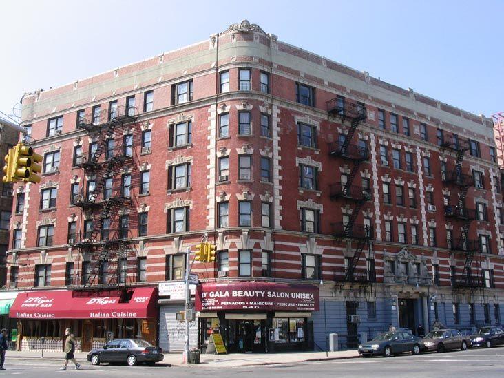 1306 St Nicholas Avenue New York: 165th Street And St. Nicholas, SW Corner, Washington
