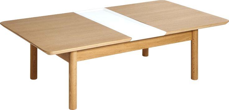 Stilrent sofabord i eik og eikefiner som enkelt kan forlenges. Ileggsplaten er i hvit MDF som gir bordet et helt nytt uttrykk. L.94 cm. Med ileggsplate 148 cm.