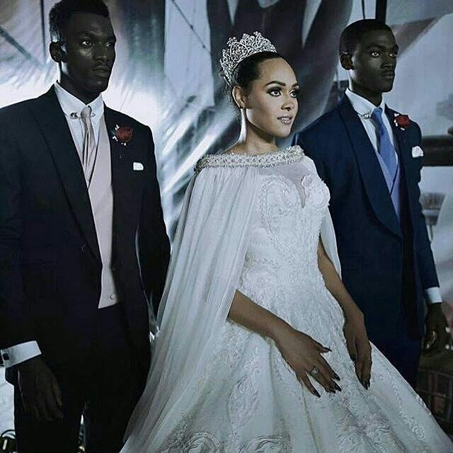 Tale of A Beautiful Queen and 2 Charming Princes or a stunting dress and 2 dapper suits.  @_sonofdavid @thetoyin17 @taniaomotayo @weddimgsbymaiatafo @lfdw_ng