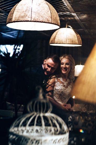 Улыбки на свадьбе