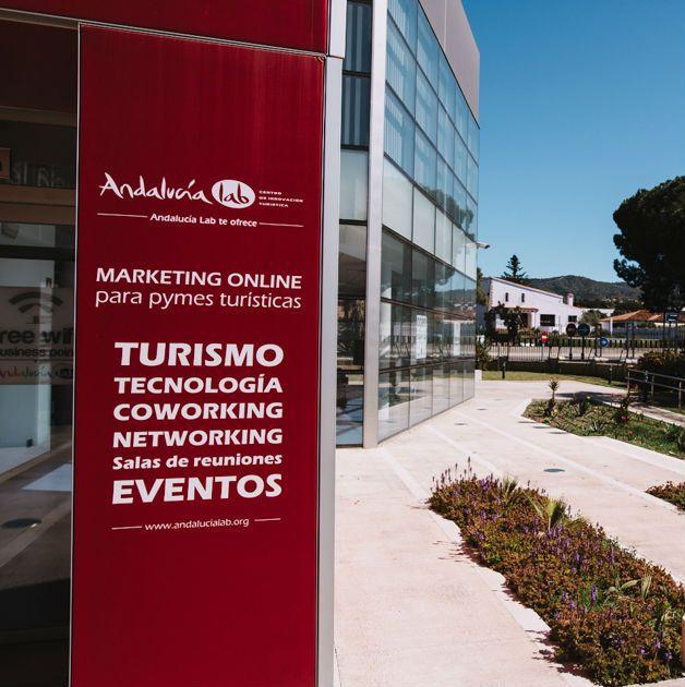 Andalucía Lab es un centro de investigación, conocimiento y demostración donde la innovación, competitividad y accesibilidad forman nuestro eje de gestión.