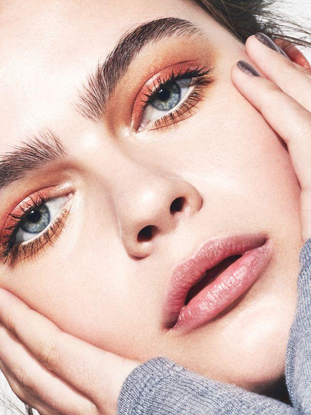 Metallic makeup ideas: metallic eyes