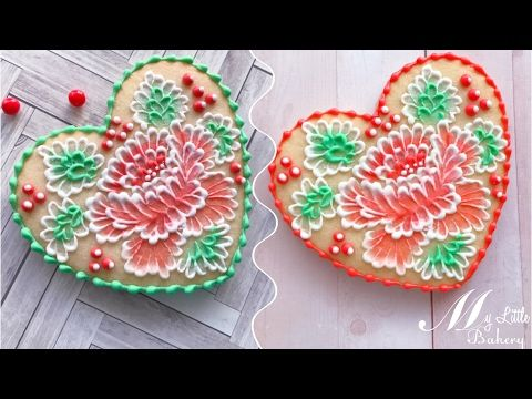 (14) How to use two-color icing in brush embroidery technique. - YouTube
