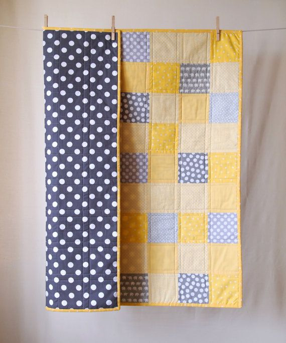 This bold, modern patchwork quilt will make an excellent way to welcome a little one into the world! Durable enough to take hours of tummy time