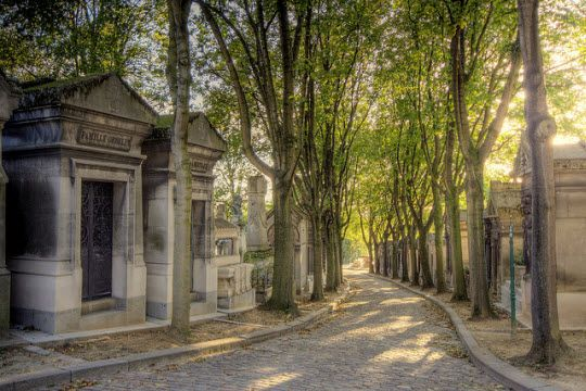Pere Lachaise Cemetery http://thingstodo.viator.com/paris/pere-lachaise-cemetery/