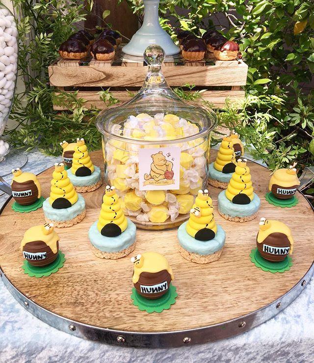 🍯 + 🐝 = 💛 | @chocolate_favors_pops | #honeypotcakepops #beehivericekrispies #babyshower #babyshowerideas #baby #winniethepooh #winnie #classicwinnie #classicwinniethepooh #laplanner #boybabyshower #rustictheme #beehive #love #babyboy #boyshower #dessertstation #desserttable #sweets #sweetstable #winniethepooh #winniethepoohtheme #classicwinniethepoohtheme #winniebabyshower #honeypot #beetheme #pintrest #details #edibleart #evedeso #eventdesignsource - posted by Rachel Nvard Jingozian 💕…