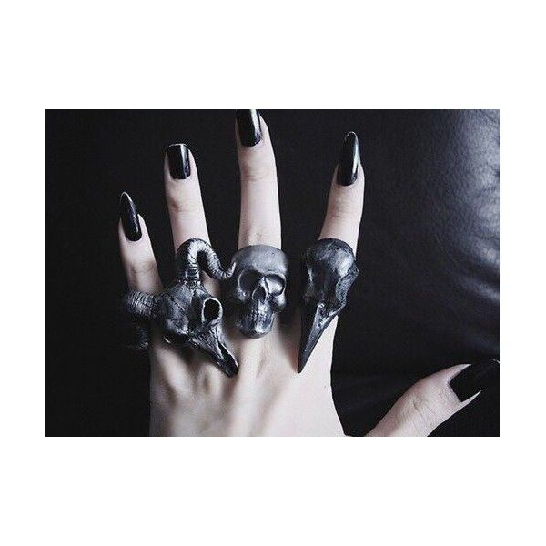Jewels: ring ring wylona hayashi grunge punk goth skull animal skull... ❤ liked on Polyvore featuring jewelry, rings, hipster rings, chunky rings, goth jewelry, gothic jewelry and silver gothic rings