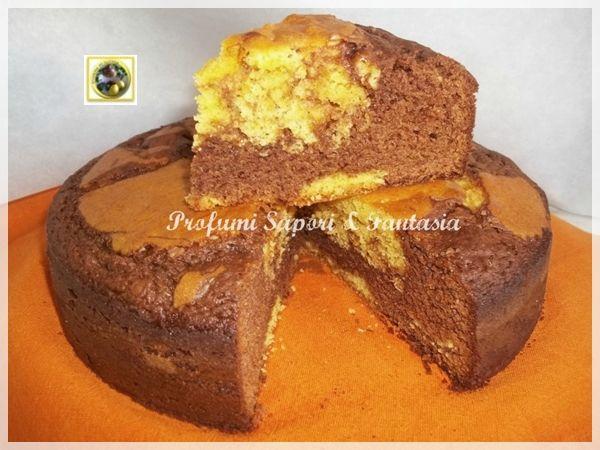 Torta variegata con cioccolato al latte, una torta buonissima per la colazione, la merenda e il dopo pasto. Facile da preparare, e sempre gradita.