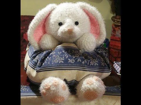 """Coniglio all'uncinetto amigurumi """"Cusciniglio"""" - conejo crochet - croche..."""