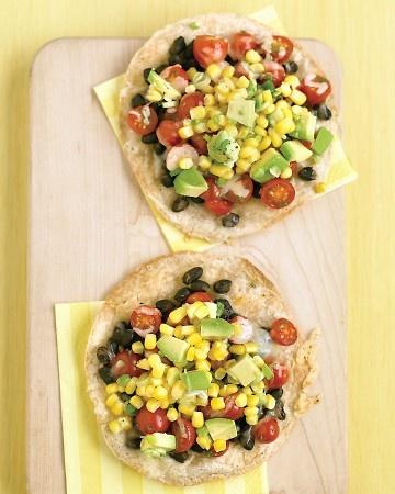 easy black bean tostadas. these look yummy.: Blackbean Tostadas, Fun Recipe, Corn Tostadas, Food, Vegetarian Recipe, Black Beans Tostadas, Yummy, Corn Relish Recipe, Mr. Beans