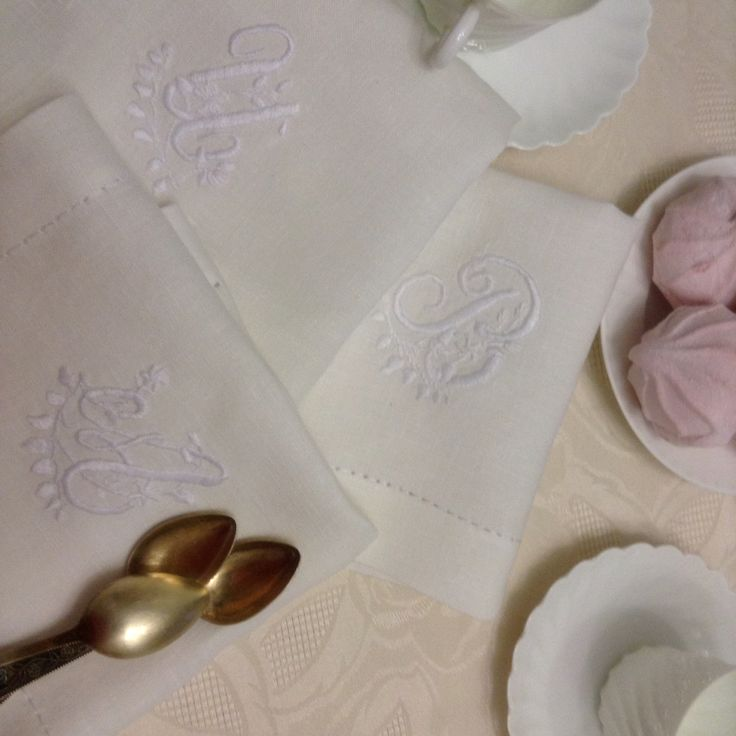 Льняные салфетки- белая гладь