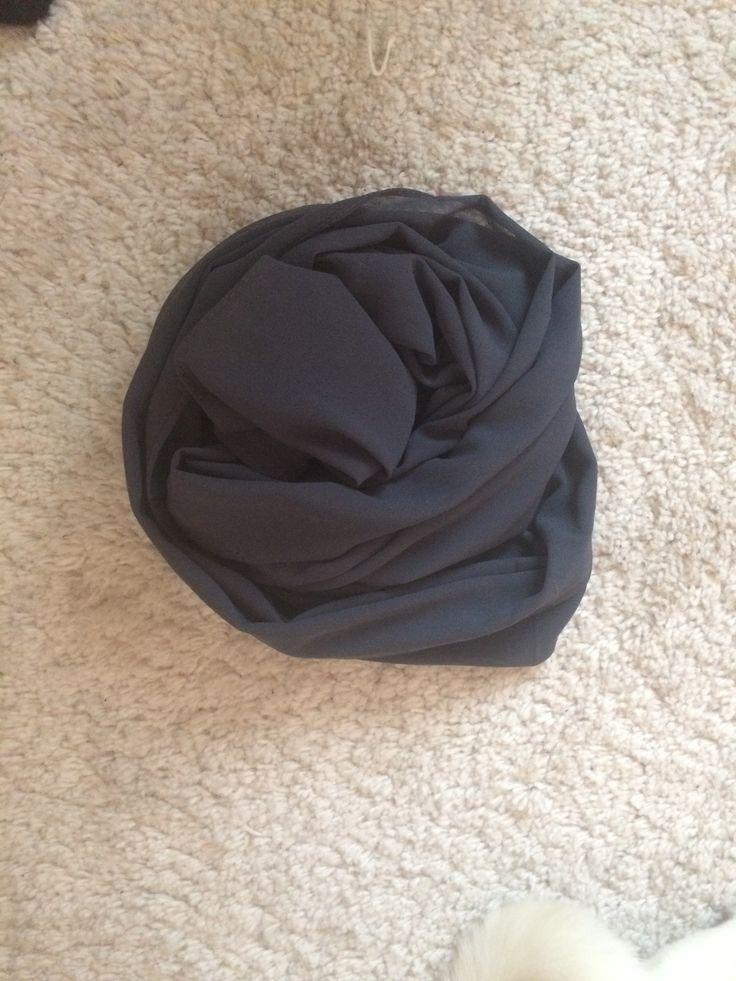 """Hijab Mousseline Maxi """"Gris Perle"""" by Fibayt Collection Maxi hijab model : Mousseline couleur """"Gris perle""""Dimension : 180x75 100 de bonne qualit¨¦By Fibayt Collection"""