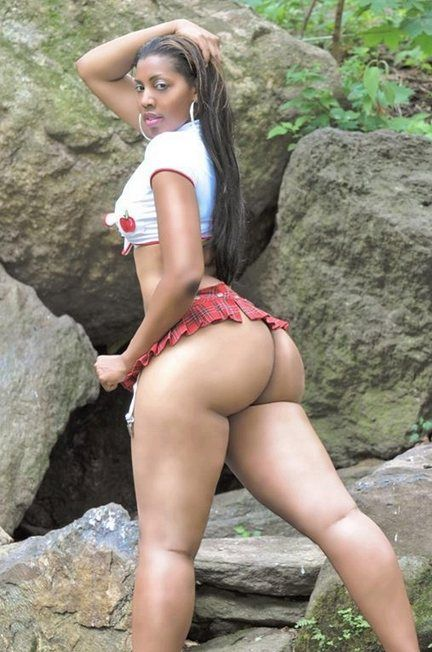 Hot Latina Ass Free Sample 38