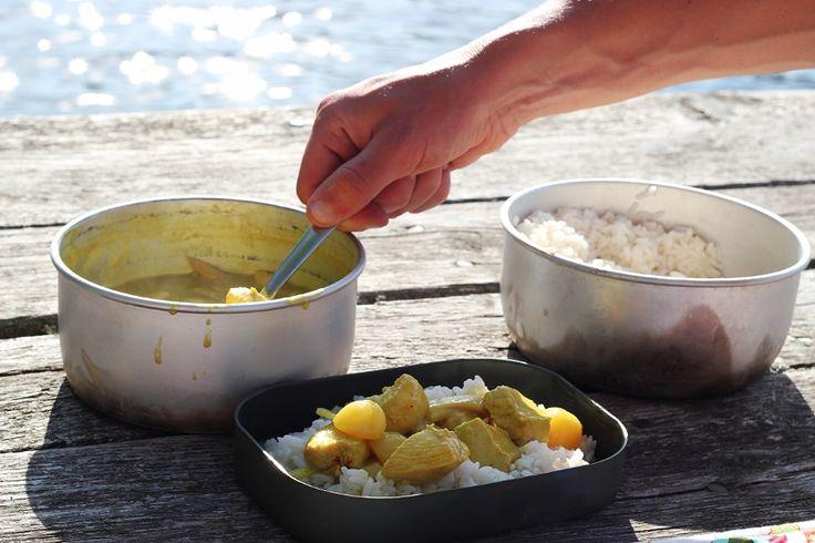 Camping in Sweden, chicken/curry dinner by blogliebling.dk