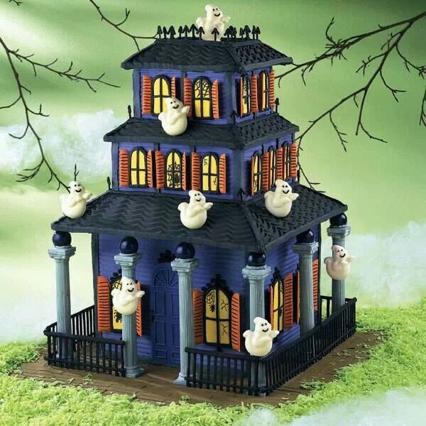 House creeping cake halloween pinterest for Pinterest haunted house