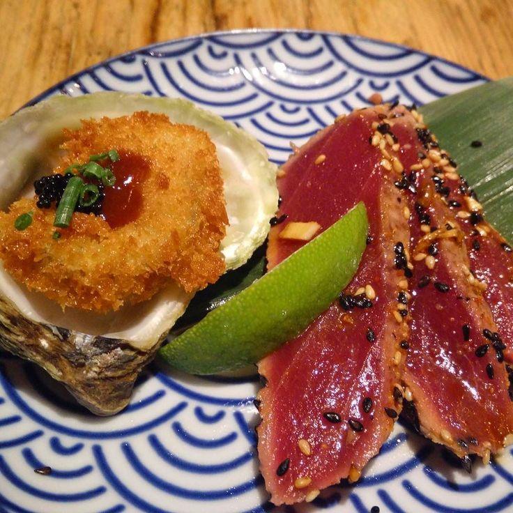 Tataki de atún y ostra frita de @monstersushibcn. En Miyajima (Japón) es un clásico lo de las ostras fritas.. y tan bueno! by exquisitscat