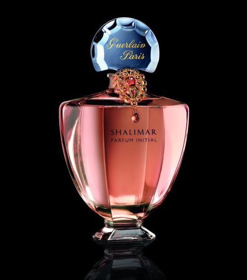 Guerlain Shalimar Parfum Initial Fleur de Peau. A giant flacon with 2 litres of perfume and with a piece of Gripoux jewellery. Another very limited edition!