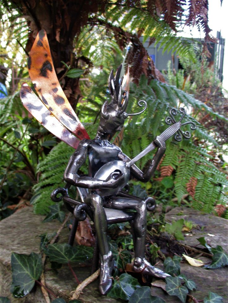 Vimi Zendrix. Recycled steel and copper. Marti Wong Sculpture.