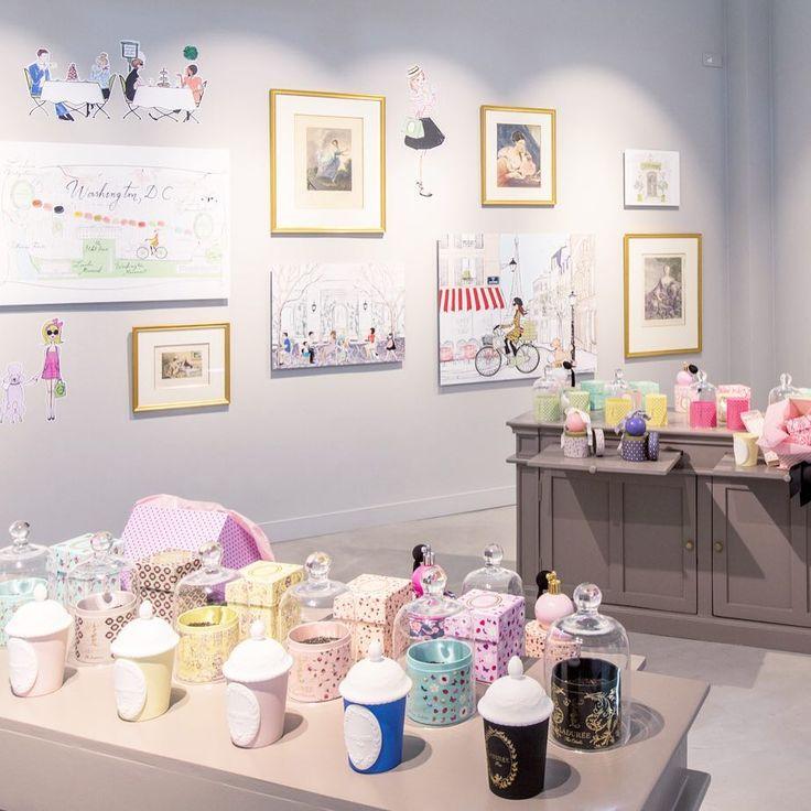 Retrouvez-nous au sein de la Galerie d'Art @lavalleevillage en découvrant l'exposition Sweet Art Ladurée pour un parcours sensoriel et artistique. (entrée libre) #Laduree #SweetArtLaduree