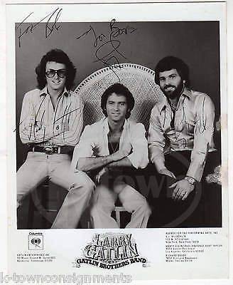 LARRY GATLIN BROTHERS BAND VINTAGE AUTOGRAPH SIGNED COLUMBIA RECORDS PROMO PHOTO