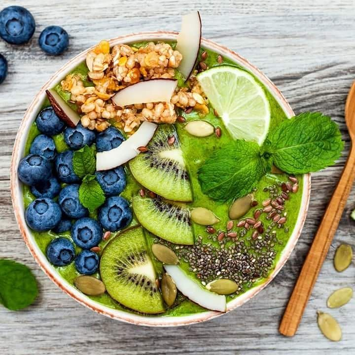 We're starting the day right at #Kineta  #WellnessWednesday  #matchatea #matchagreentea #matcha #ilovematchatea #KinetaMatcha #MatchamiseLife #matcharecipes #eatclean #organic #superfood #alldayenergy #instafood #greenenergy #wellness #healthyliving #vegan #fitspiration #matchauk