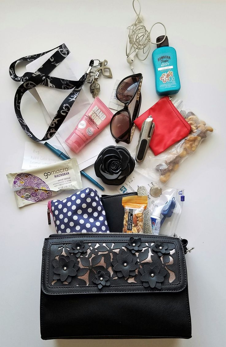 What S Your Makeup Iq: 133 Best Images About What's In My Bag? On Pinterest