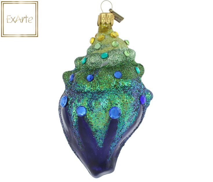 Szklane, ręczne malowane bombki choinkowe.  Sapphire shell, sprinkled with iridescent glitter in the colours of mermaid tail. The upper part decorated with stones from gold at the cap, through shades of sea green to sapphire in the central strip.