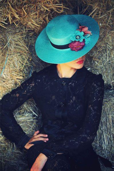 #tocado #Cherubina #headpiece #boda #wedding #hat #sombrero #flores #flowers #aqua ref. 07.80