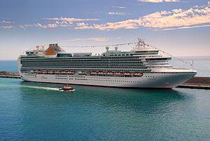 VENTURA. Ιδιοκτησία: Carnival Plc. - UK. Διαχείριση: P&O Cruises - UK. Παρθενικό ταξίδι στις 18/04/2008. 116.017 GT ~ 289,60 μ.μ. ~ 36 μ.πλάτος ~ 14 κατ/τα ~ 21,5 knots ~ 3.574 επ. ~ 1.220 ατ.πλ.