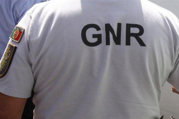Uma caixa de multibanco foi hoje de madrugada assaltado com recurso a explosivos no Bombarral, no distrito de Leiria, disse à agência Lusa fonte do comando-geral da GNR.