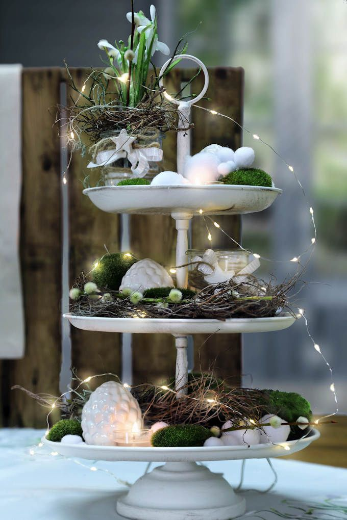 Decorated etagere winter decoration