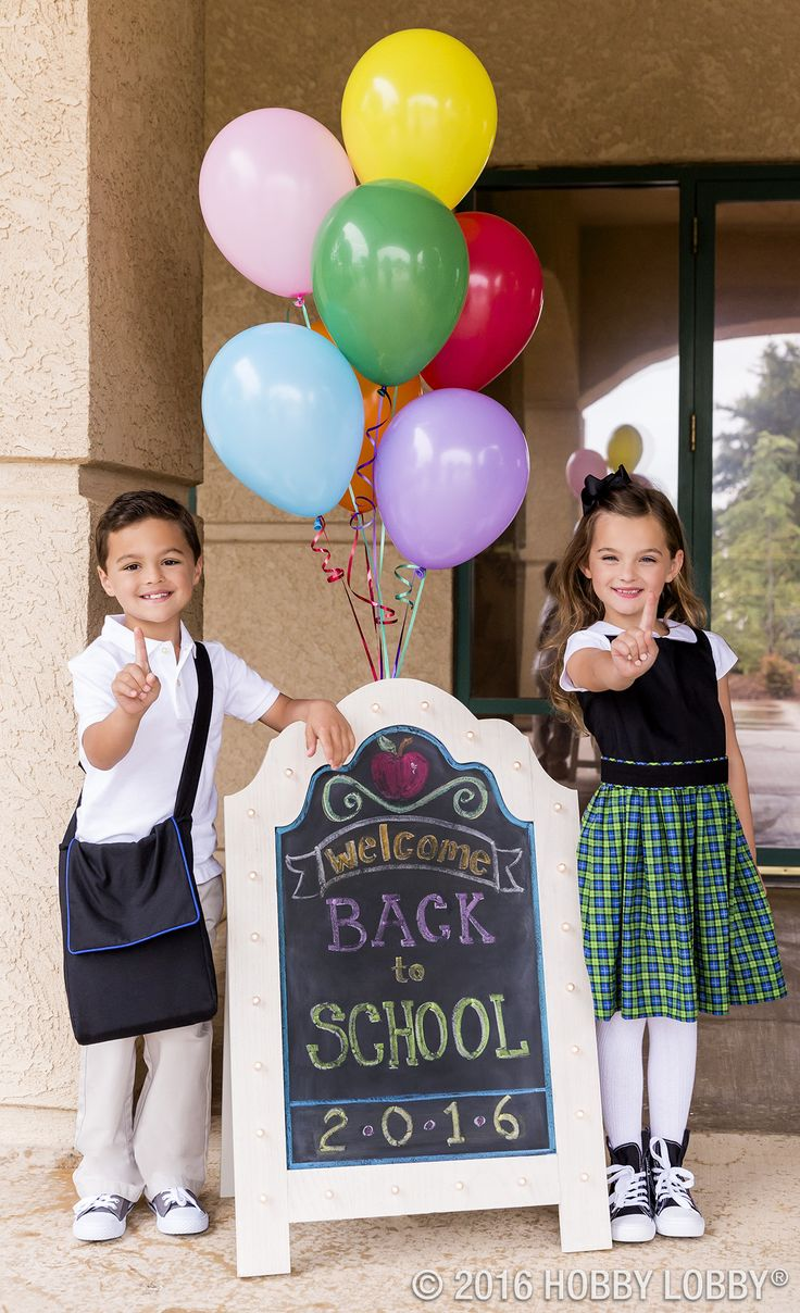 The first day of school is big news! Commemorate it with a unique DIY photo prop.