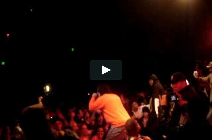 HUSALAH OF THE MOB FIGAZ PERFORMING LIVE @ THE PHOENIX THEATER 3/7/10 on Vimeo