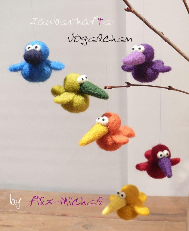 Monster & Tiere - Bezaubernde Vögelchen in Wunschfarben, handgefilzt - ein Designerstück von Filz-Michel bei DaWanda