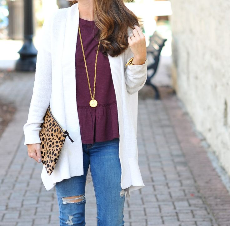 Our favorite necklace for fall via Peaches In A Pod blog. Julie Vos Pendant necklace, Clare V. Leopard clutch.