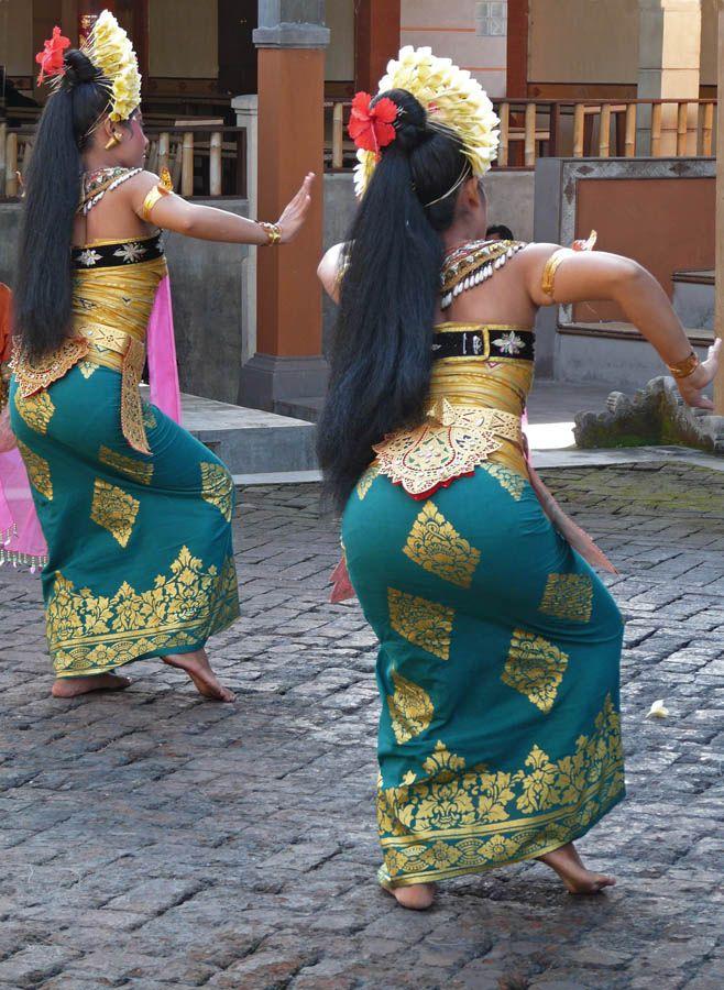 BaliDance Step, Dance Dance