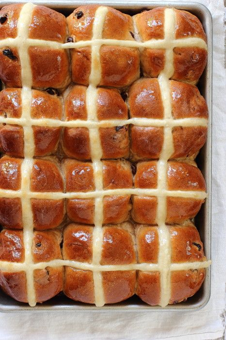 Traditional Easter Hot Cross Buns #HotCrossBuns