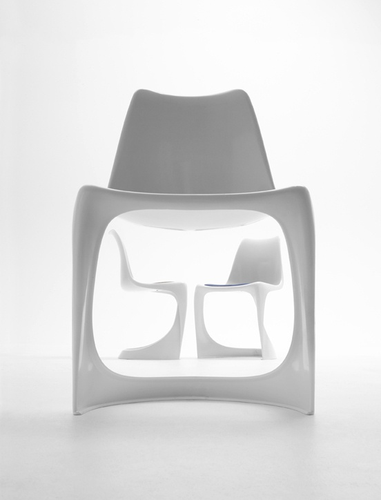 Another cantilever chair. Great aesthetics and stackable design. Great shot. Designed by Steen Ostergaard in 1966, now available at Nielaus.dk