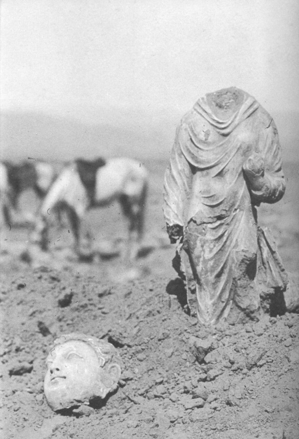 Statue of Buddha, monastery of Tapa Kalan, Afghanistan, found in 1923.