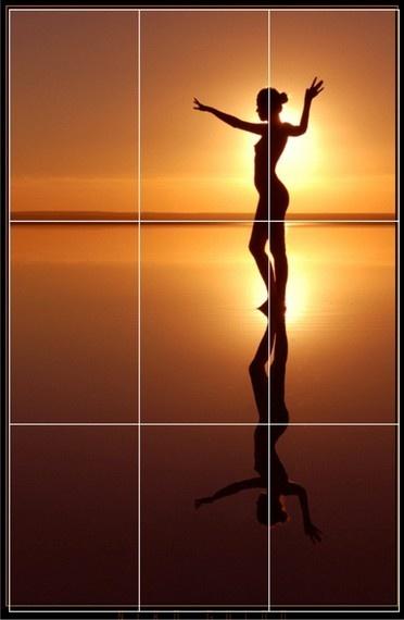 """Niko Gudio'nin """"Su Perisi"""" adlı fotoğrafı, oranların çok başarılı kullanıldığı bir çalışmadır. Gökyüzünün suya oranı altın oran, model ise altın kesitte."""