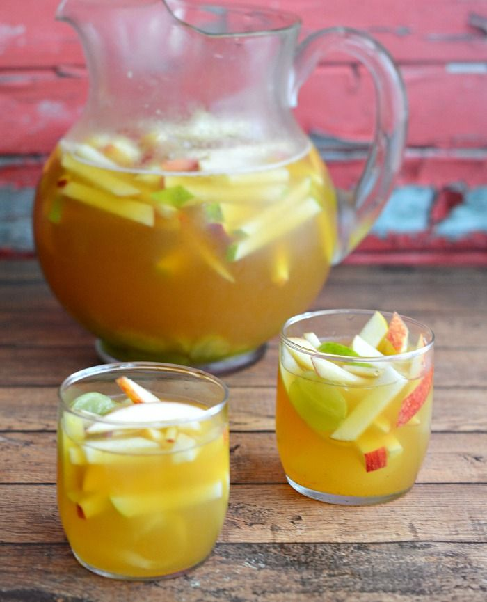 Caramel Apple Sangria Recipe