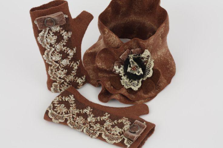 Women's felt scarf and gloves,wool woman scarf, felted scarf, woolen scarf, handmade woolen set, merino wool gloves , fingerless gloves by Feltforsoul on Etsy