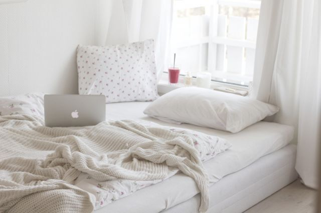 Terrific White Bedrooms Tumblr Largest Home Design Picture Inspirations Pitcheantrous