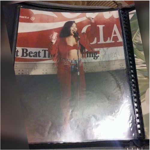 Rare Selena picture...beautiful
