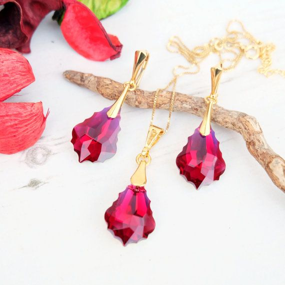 24 k vergoldet Swarovski Ohrringe Halskette Set von MalisaJewellery