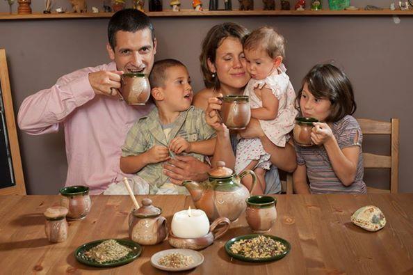 Kellemes és békés Karácsonyt kívánunk mindenkinek! UKKO Tea