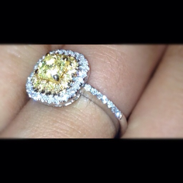 Canary yellow diamonds  I want thissss